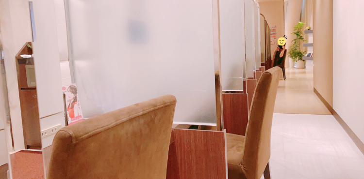 品川スキンクリニック待合室